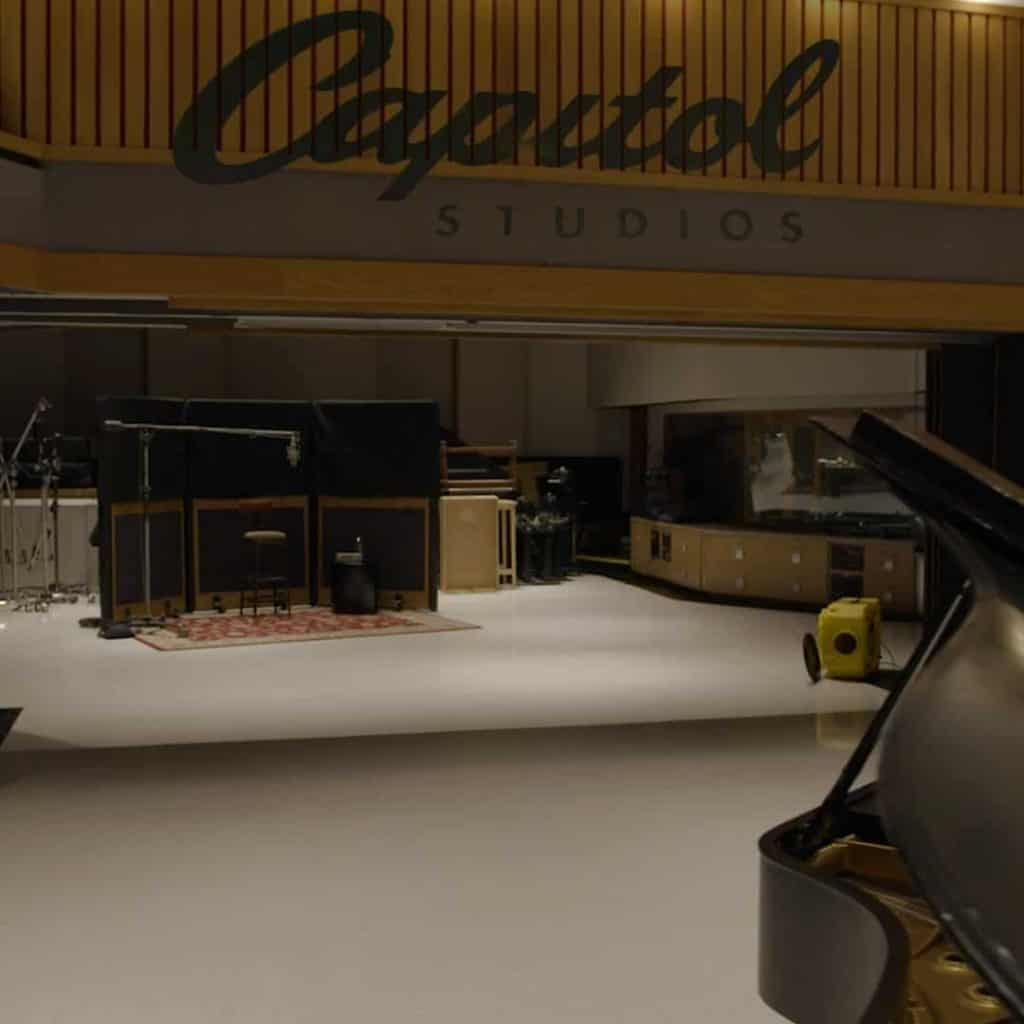 A behind the scenes tour of Capitol Studios.