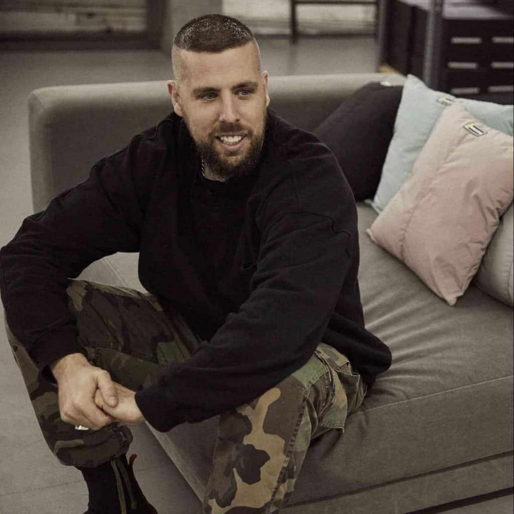 Australian-born American fashion designer